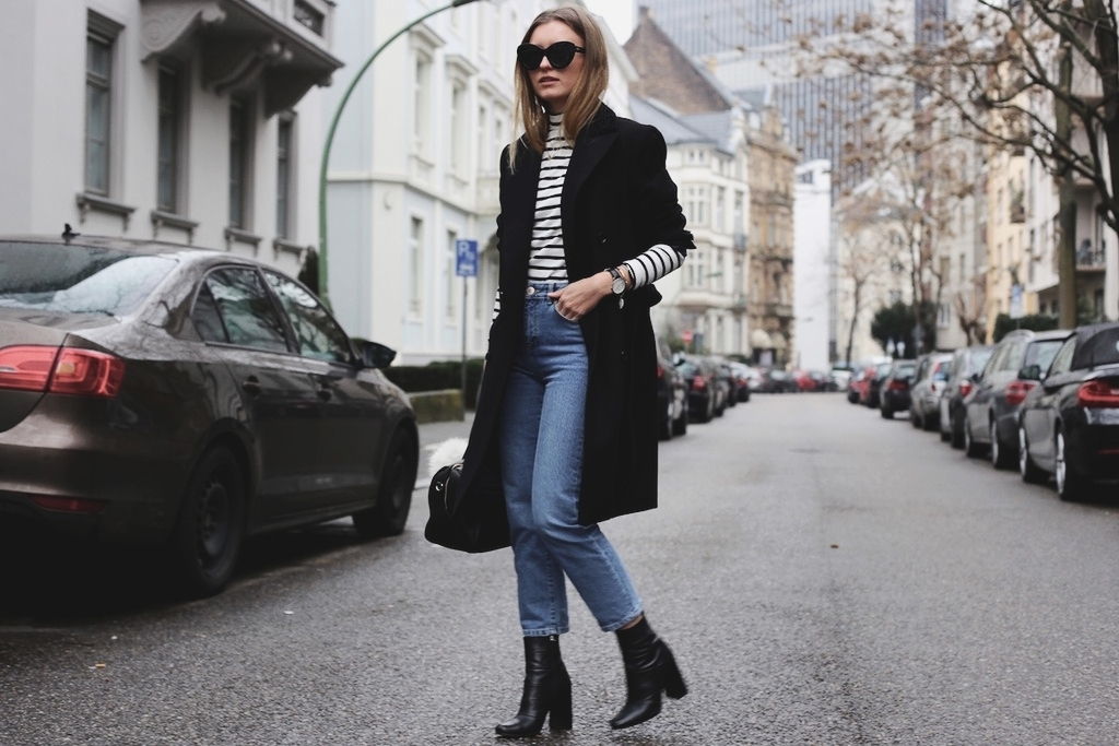 Mom Jeans And Boyfriend Coat