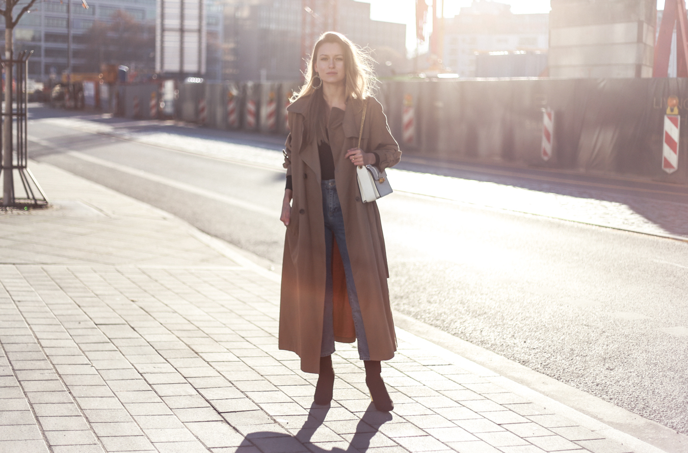 trenchcoat-momjeans-outfit-7650