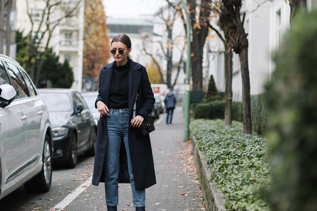 velvet-boots-mom-jeans-outfit-livia-auer-4140