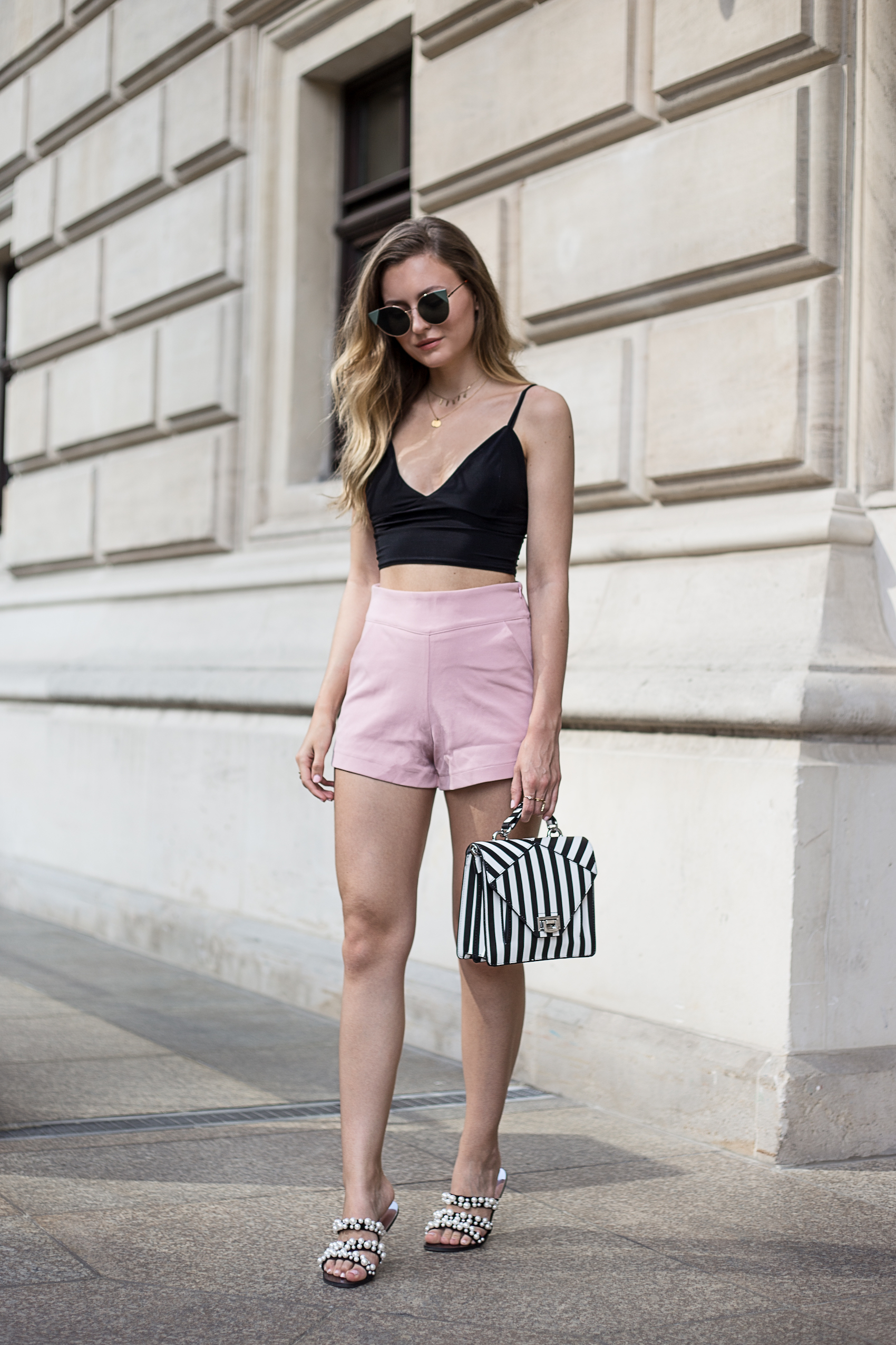 crop-top-pearl-sandals-livia-auer-IMG_7247