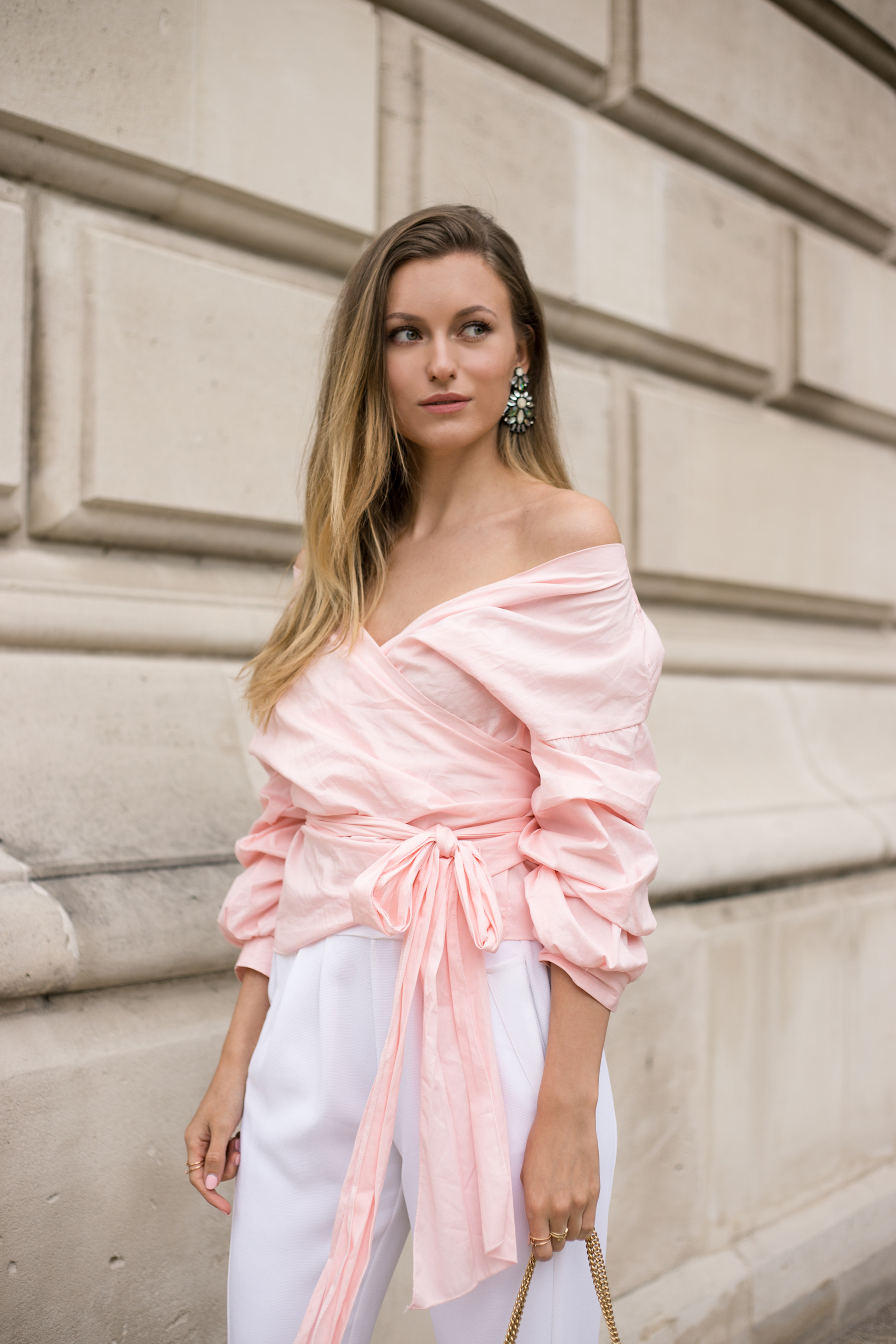 pink-puff-sleeve-bow-tie-outfit-livia-auer-IMG_7184