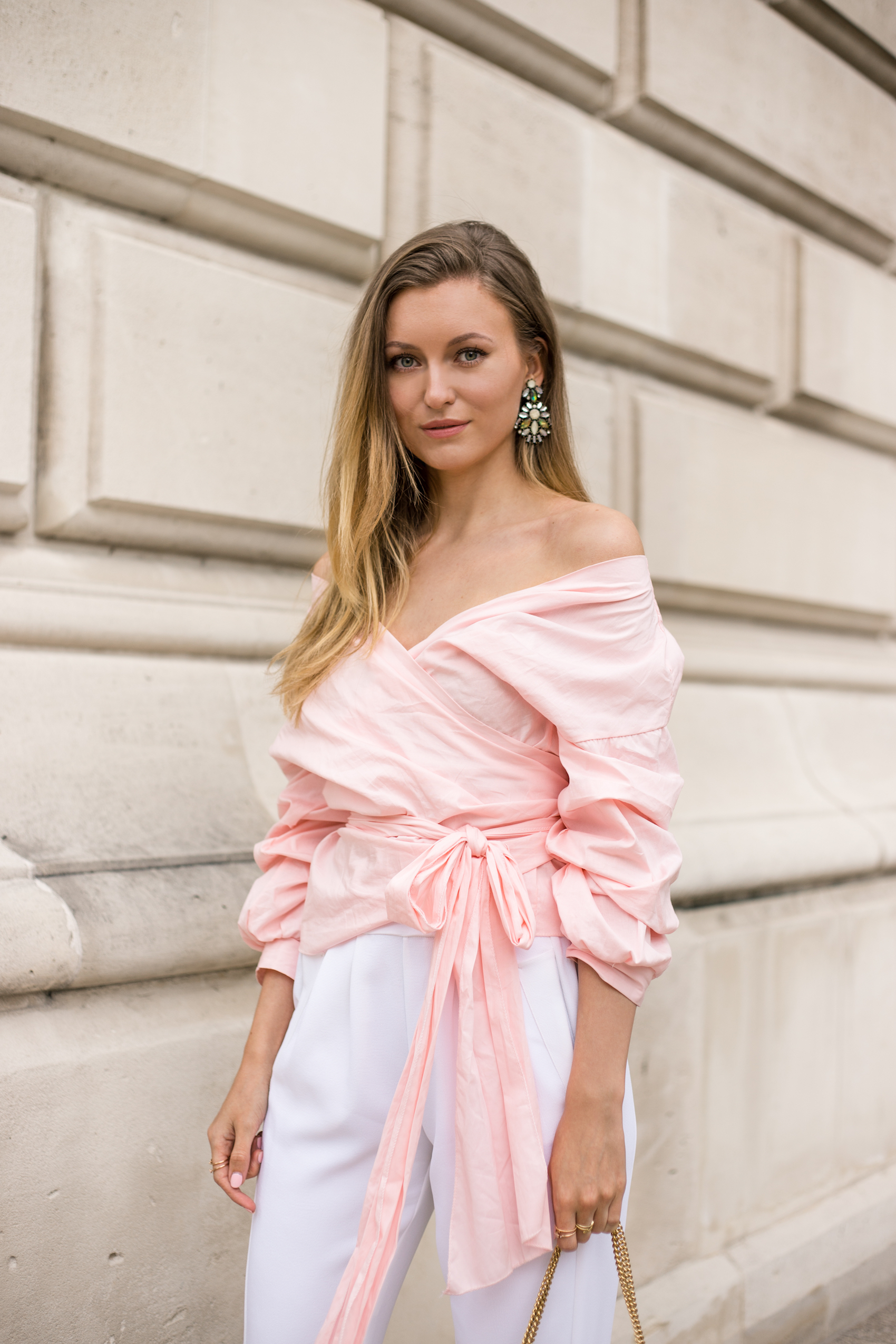 pink-puff-sleeve-bow-tie-outfit-livia-auer-IMG_7186