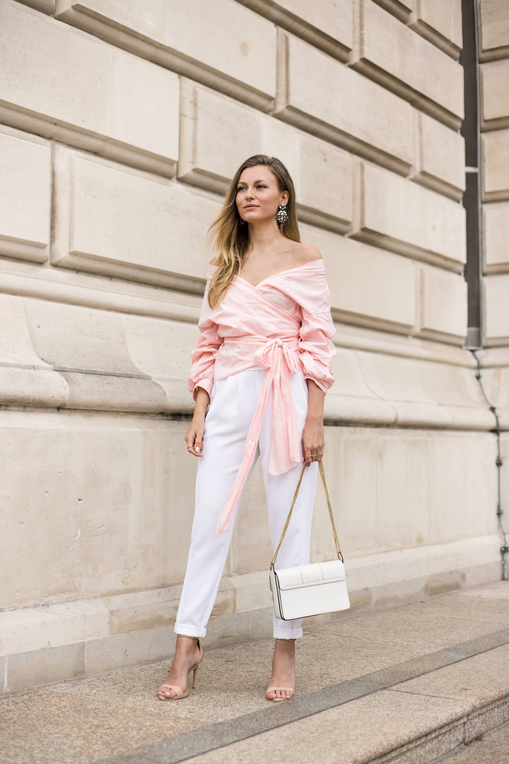pink-puff-sleeve-bow-tie-outfit-livia-auer-IMG_7202