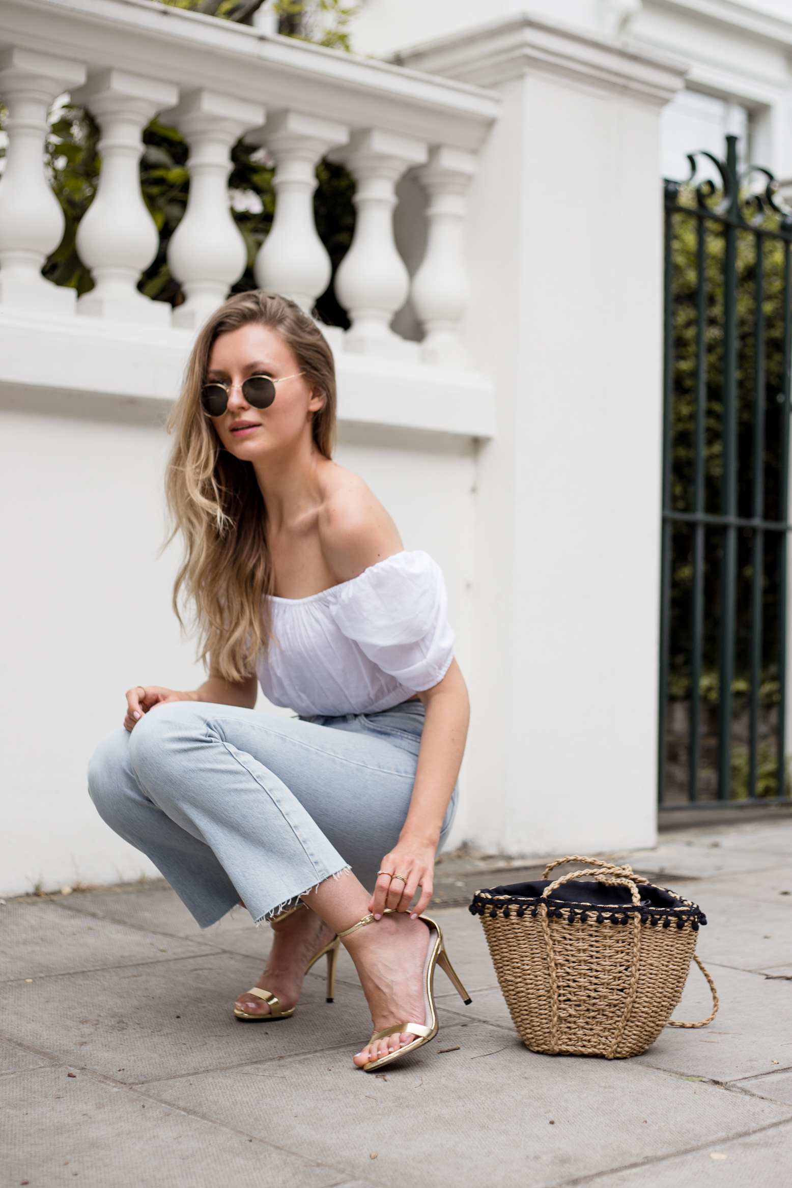 crop-top-raw-edge-denim-outfit-livia-auer-8068