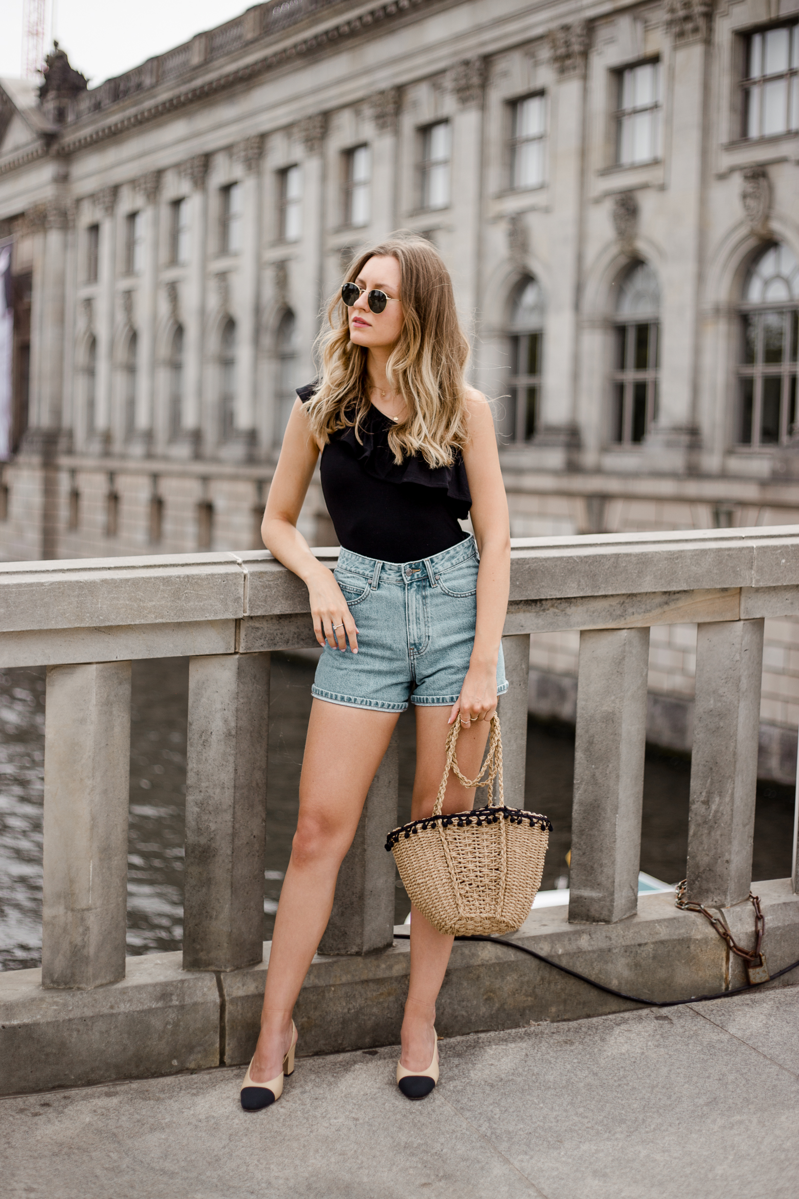 edited-frill-top-denim-shorts-livia-auer--2