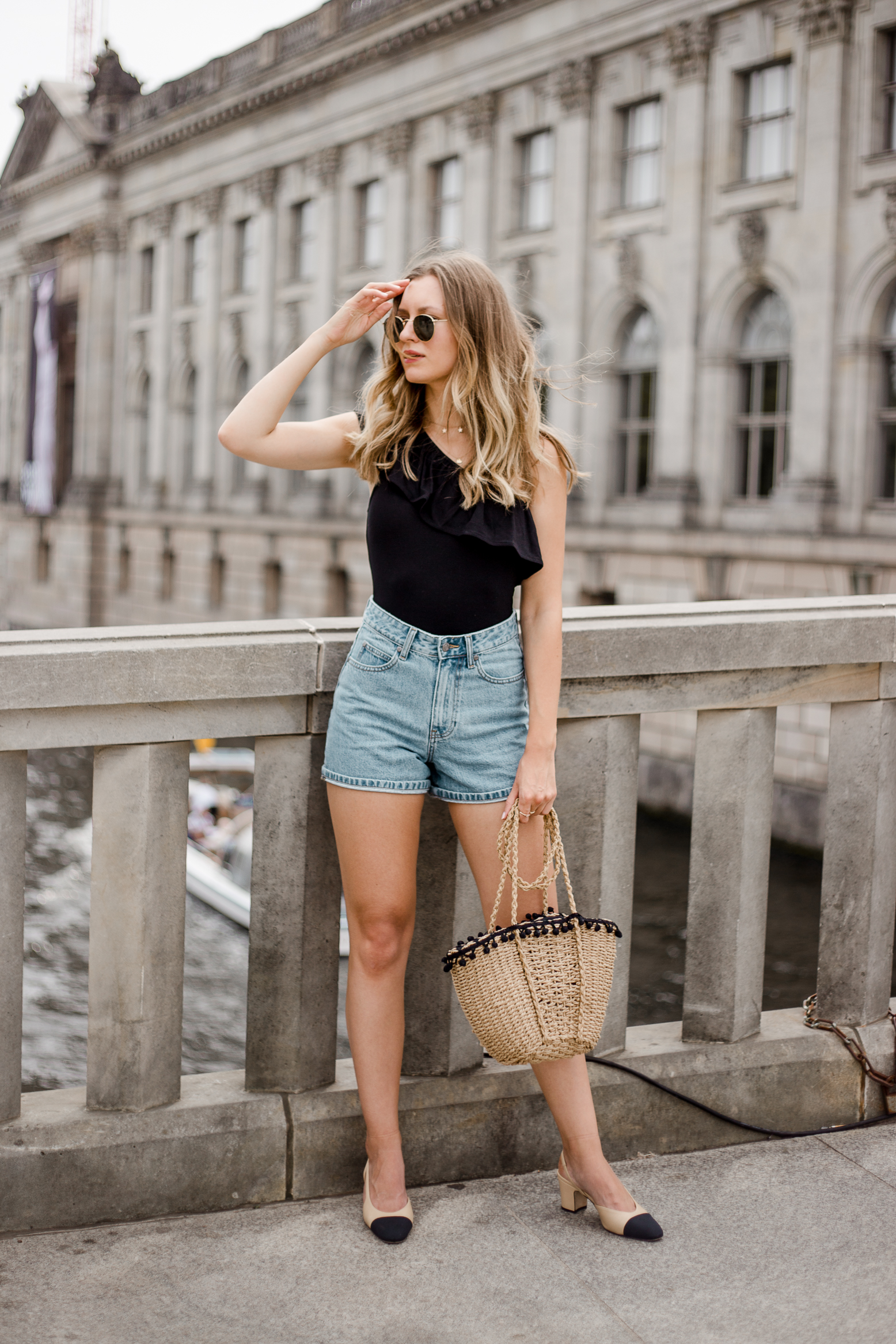 edited-frill-top-denim-shorts-livia-auer--4
